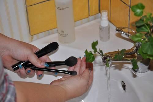 tvätta sminkpenslar, maria åkerberg
