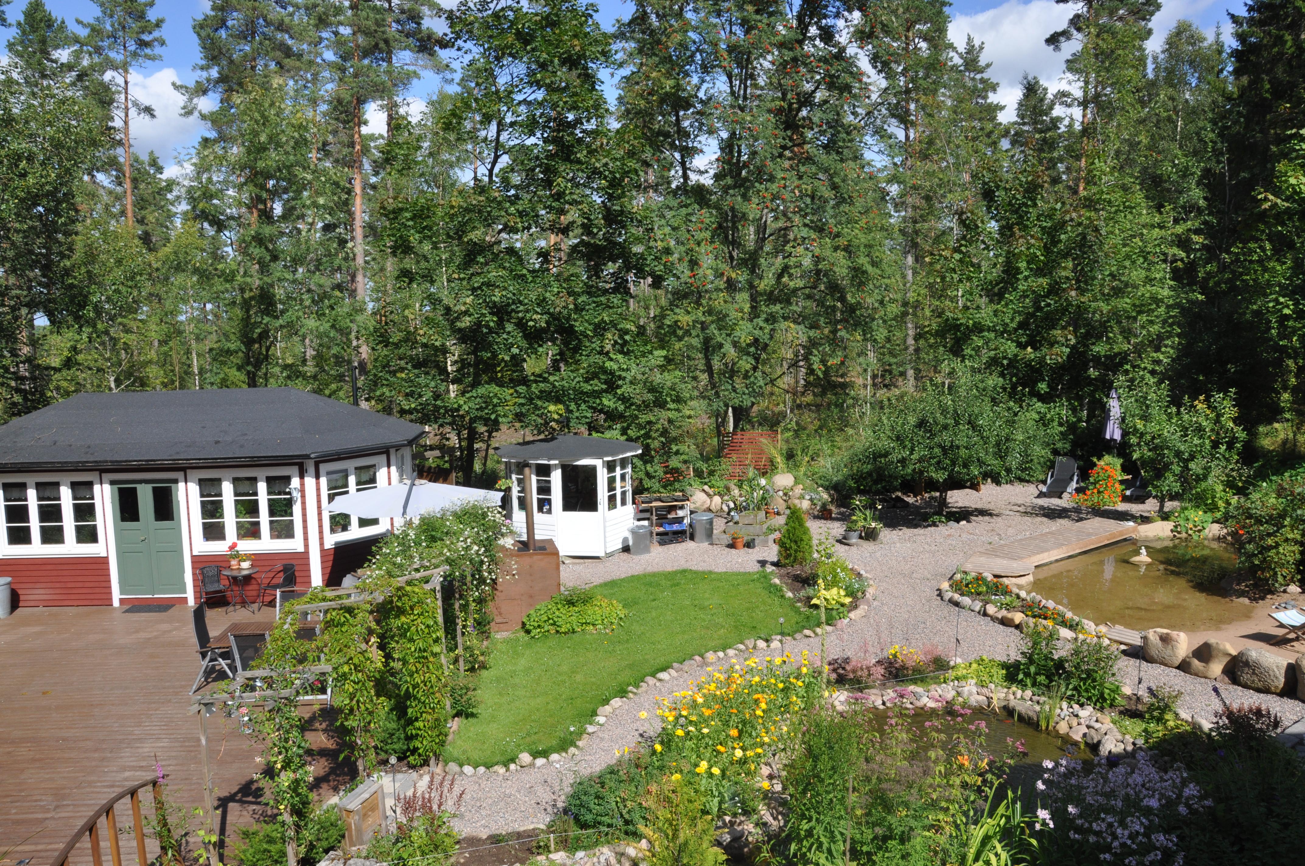 Skogsro Spa trädgård